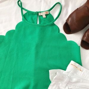 Gianni Bini Emerald Green Scalloped Tank Size S